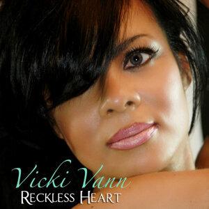 Vicki Vann 歌手頭像