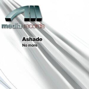 Ashade Foto artis