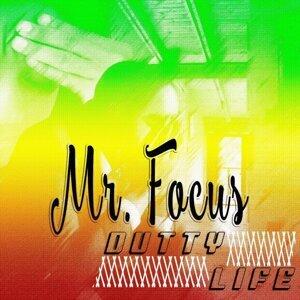 Mr. Focus Foto artis