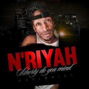 N'riyah Foto artis
