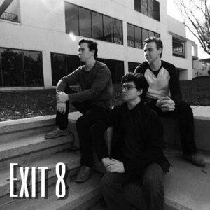 Exit 8 Foto artis