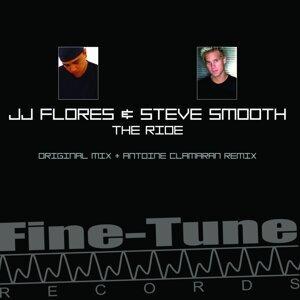 JJ Flores, Steve Smooth Foto artis