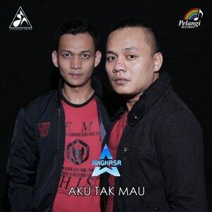 Angkasa Band Foto artis