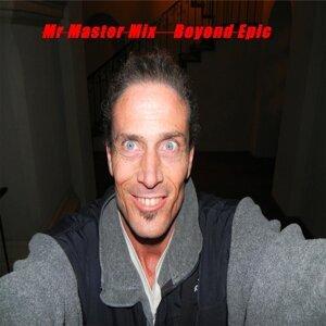 Mr Master Mix Foto artis