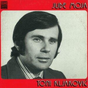Toni Kljaković Foto artis