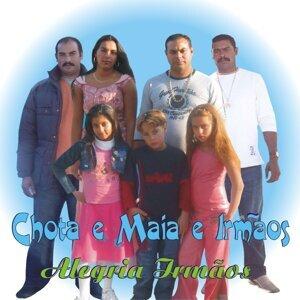 Chota e Maia e Irmãos Foto artis