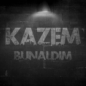 Kazem Foto artis