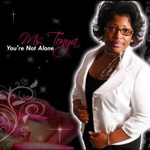 Ms. Tonya Foto artis