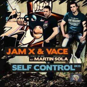 JamX & Vace, Martin Sola Foto artis