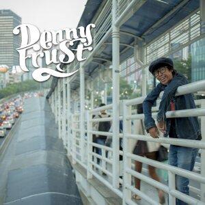 Denny Frust Foto artis