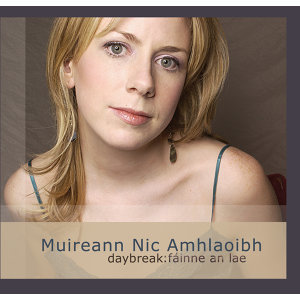 Muireann Nic Amhlaoibh Foto artis