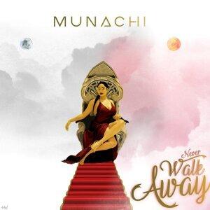 Munachi Foto artis