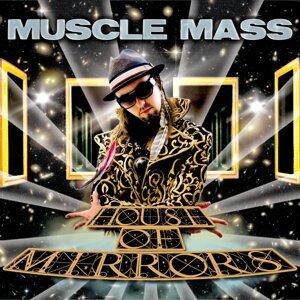 Muscle Mass Foto artis