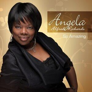 Angela Alfred-Richards Foto artis