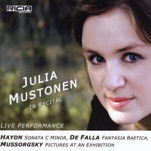 Julia Mustonen Foto artis