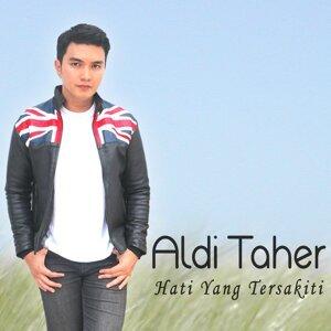 Aldi Taher Foto artis
