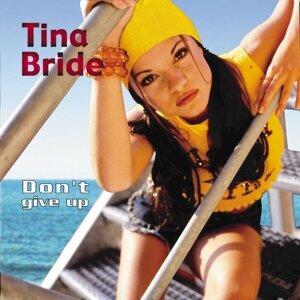 Tina Bride Foto artis