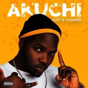 Akuchi Foto artis