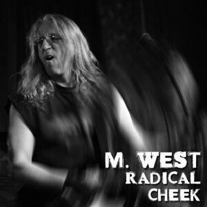 M. West Foto artis