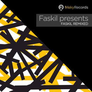 Faskil presents... Foto artis