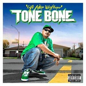 Tone Bone Foto artis