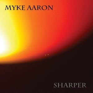 Myke Aaron Foto artis