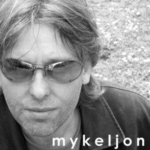 Mykeljon Foto artis