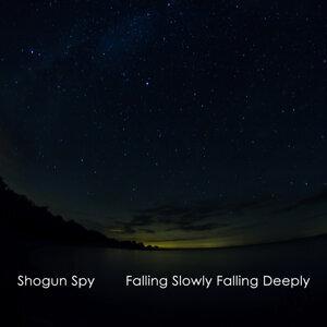 Shogun Spy Foto artis