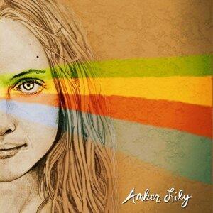 Amber Lily Foto artis