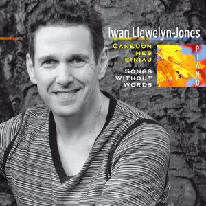 Iwan Llewelyn-Jones 歌手頭像