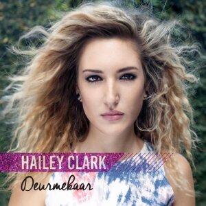 Hailey Clark 歌手頭像