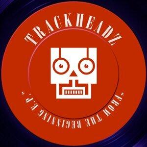 Trackheadz