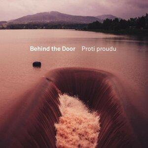 Behind The Door 歌手頭像