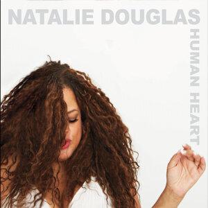 Natalie Douglas 歌手頭像
