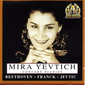 Mira Yevtich 歌手頭像