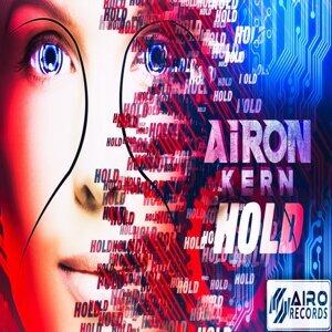 Airon Kern feat. Anna Yanova-Cattoor 歌手頭像