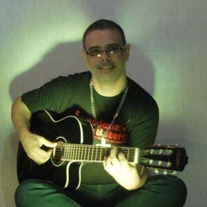 Oswaldinho Mpb 歌手頭像