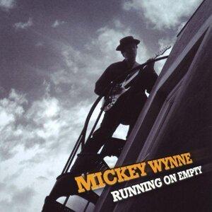 Mickey Wynne 歌手頭像