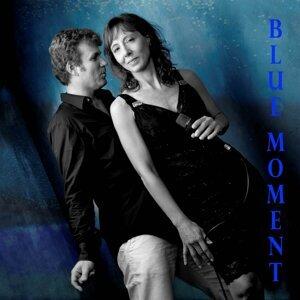 Blue Moment 歌手頭像