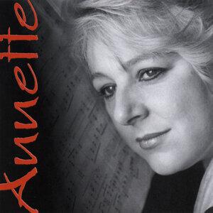 Annette Bryn Parri 歌手頭像