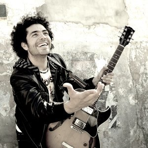Oscar Jimenez, La Phonoclorica 歌手頭像