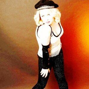 Barbara Naughton 歌手頭像