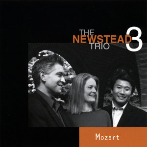 The Newstead Trio 歌手頭像