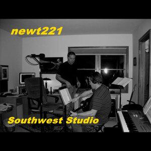 newt221 歌手頭像