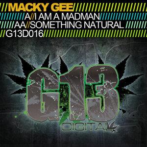 Macky Gee 歌手頭像