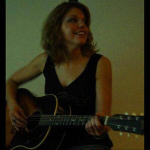 Nicole Herman 歌手頭像