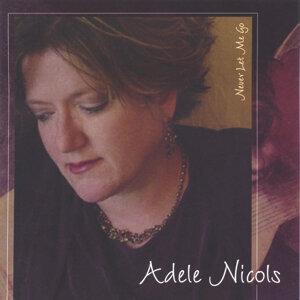 Adele Nicols 歌手頭像