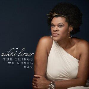 Nikki Lerner 歌手頭像