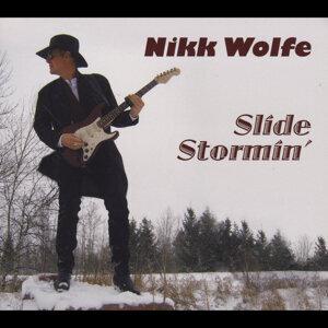 Nikk Wolfe 歌手頭像