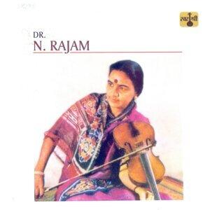 Dr. N. Rajam 歌手頭像